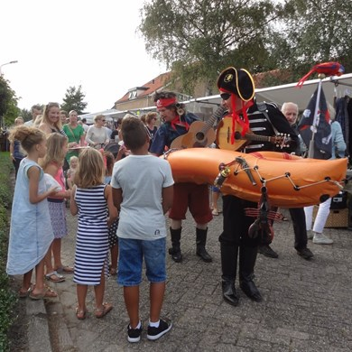 PIRATENBOOT 2016-09-10 Dirkshorn (21)v (1000x1000).JPG