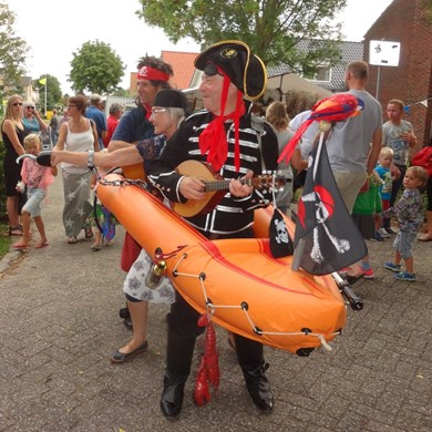 PIRATENBOOT 2016-09-10 Dirkshorn (75)v (1000x1000).JPG