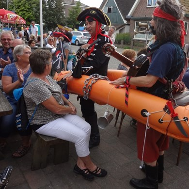 PIRATENBOOT 2016-09-10 Dirkshorn (123)v (1000x1000).JPG