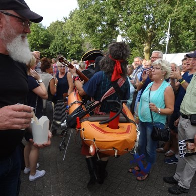 PIRATENBOOT 2016-09-10 Dirkshorn (129)v (1000x1000).JPG