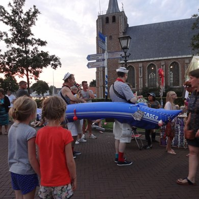 MATROZENBOOT 2016-08-27 Renesse (09)v (1000x1000).JPG