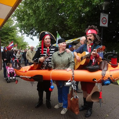 PIRATENBOOT 2017-07-01 Oud-Beijerland (25)vb (1000x1000).jpg