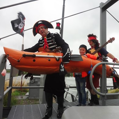 PIRATENBOOT 2017-07-01 Oud-Beijerland (03)vb (1000x1000).jpg