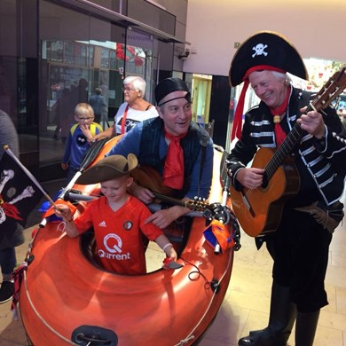 PIRATENBOOT 2017-09-24 Schiedam (03)v (1000x1000).JPG