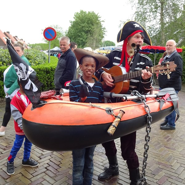PIRATENBOOT solo 2018-05-10 (10)v (1000x1000).JPG
