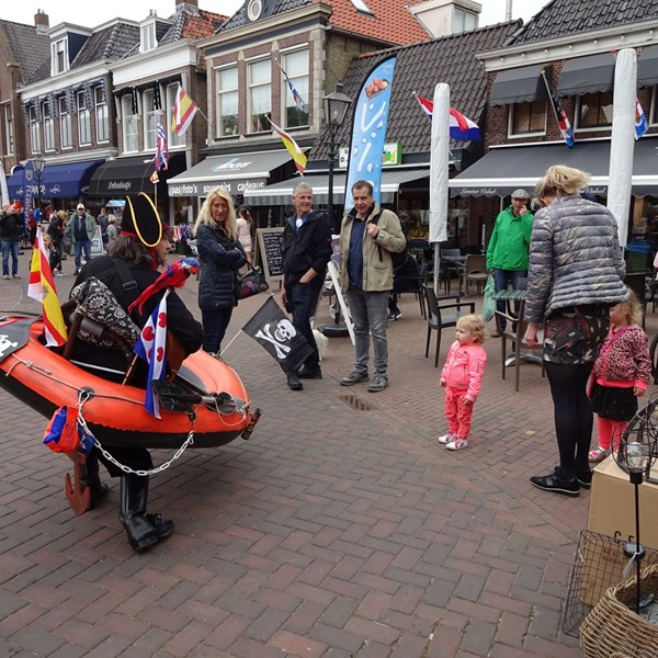 PIRATENBOOT solo 2018-05-19 (07)v(1000x1000).JPG