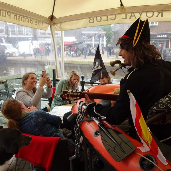 PIRATENBOOT solo 2018-05-19 (23)v (1000x1000).JPG